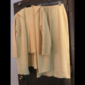 apart 3 Piece Pale Yellow Sweater Outfit